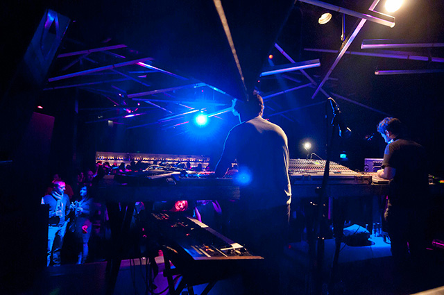 GREEN RAY 2013 * Lux curated by Hotchip