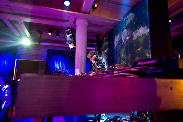 GREEN RAY 2014 * Lux curated by Guy Gerber