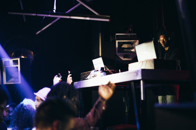 Dean Blunt   Noite Príncipe com DJ Nigga Fox, DJ Lilocox & DJ Maboku, DJ Marfox e DJ Firmeza